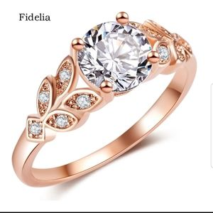 New gorgeous S925 gold tone CZ leaf style ring